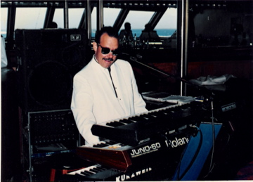 STEVIE LEGEND playing solo on Tropicale  1993